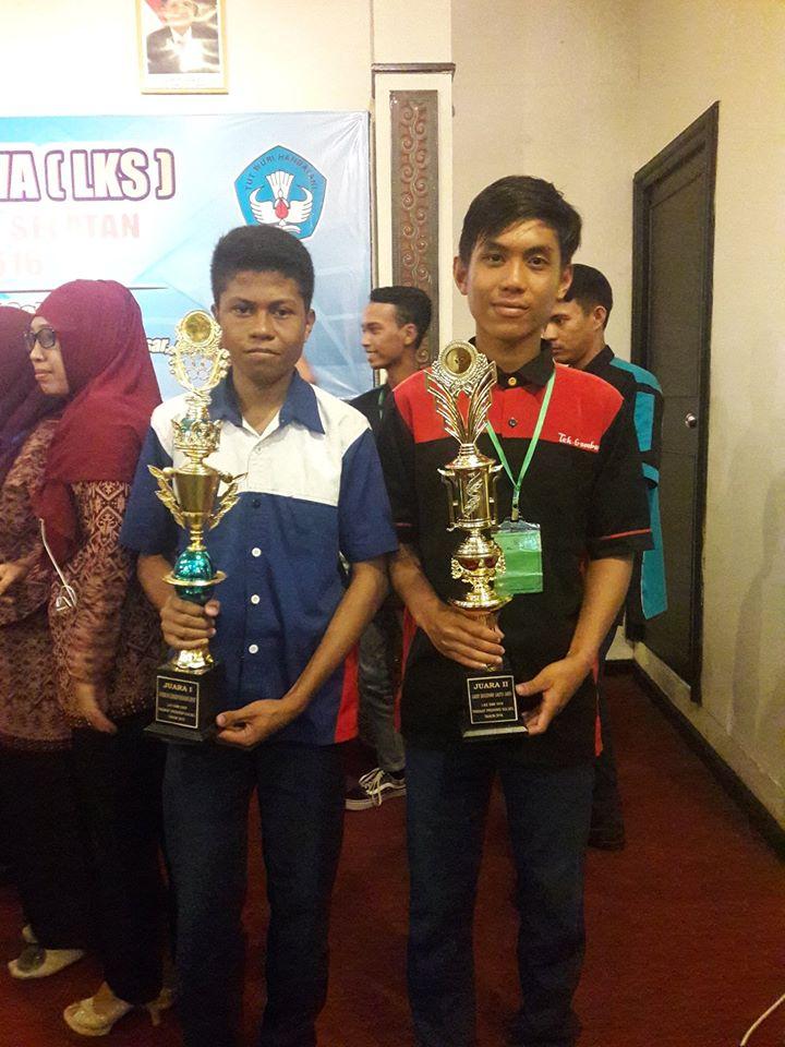 Juara 1 Lomba IT Network System Administration Tingkat Provinsi Sulawesi Selatan Tahun 2016