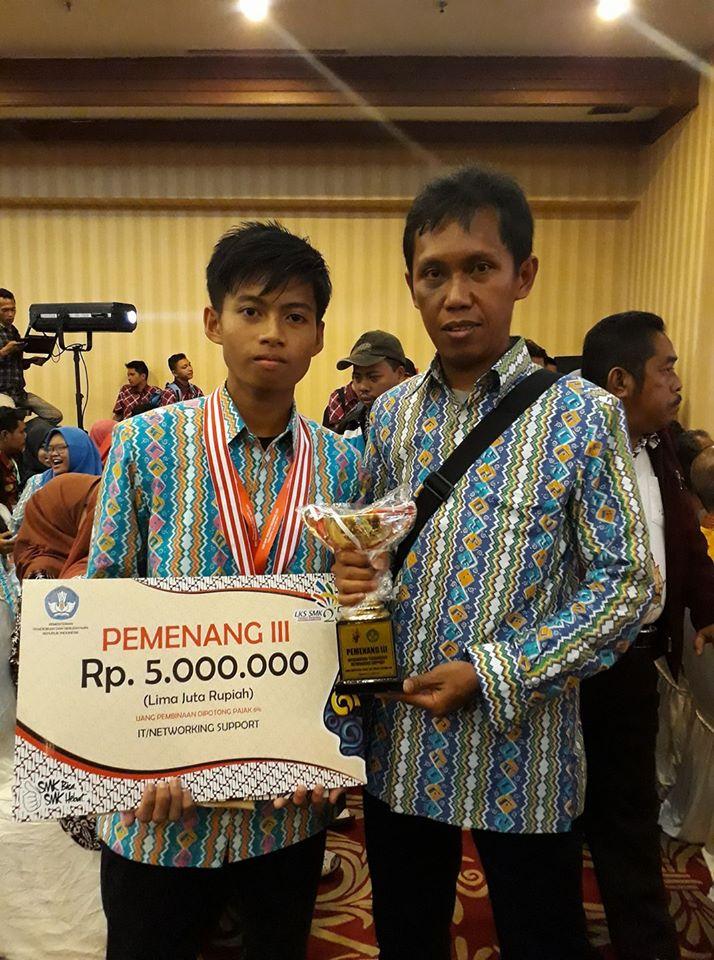 Juara 3 Lomba IT Network System Administration Tingkat Nasional Tahun 2017