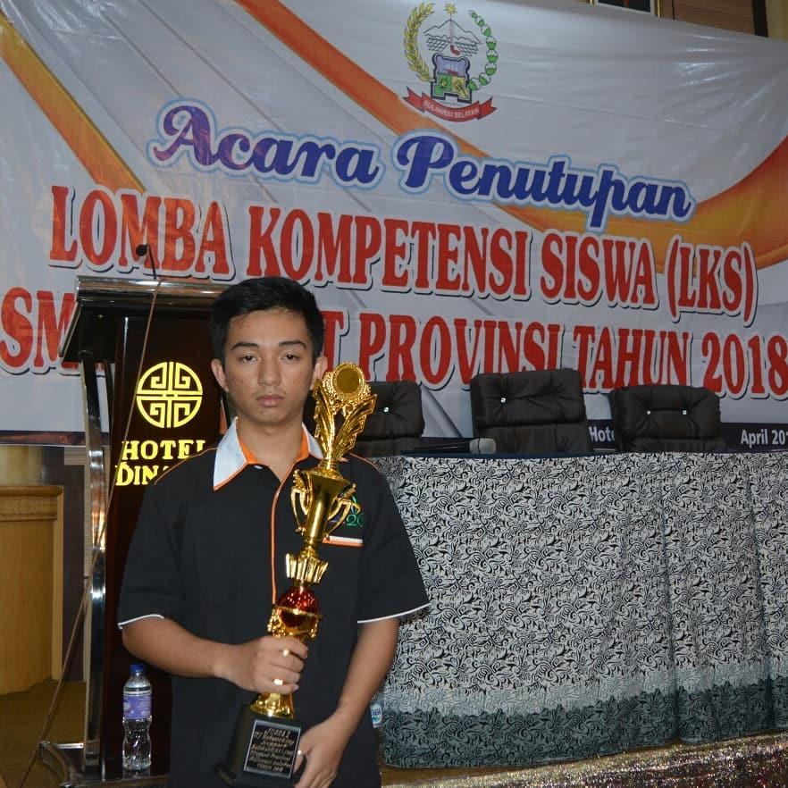 Juara 1 Lomba IT Network System Administration Tingkat Provinsi Sulawesi Selatan Tahun 2018