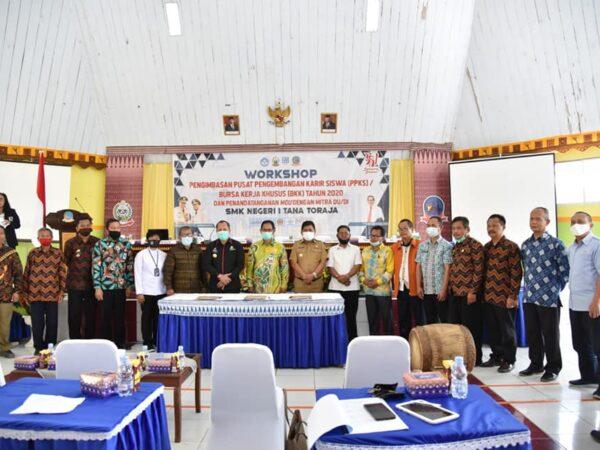 Workshop Pengimbasan Pusat Pengembangan Karir Siswa (PPKS)/ Bursa Kerja Khusus (BKK)